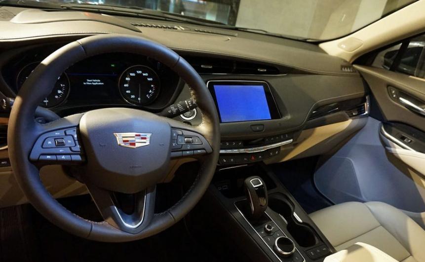 2020 Cadillac EXT Interior